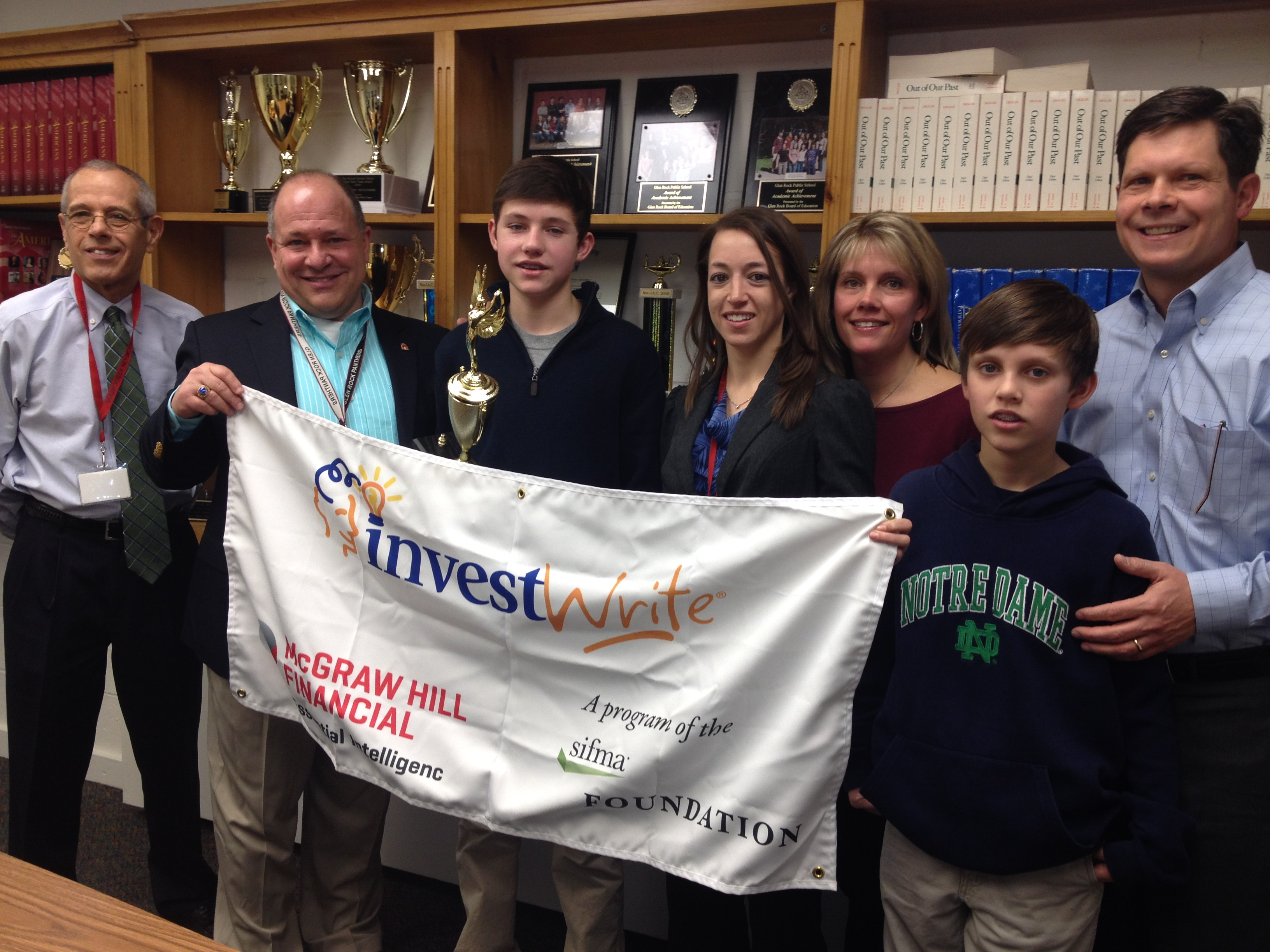foundation and mcgraw hill financial announce new jersey investwrite fall 2013 winner nj